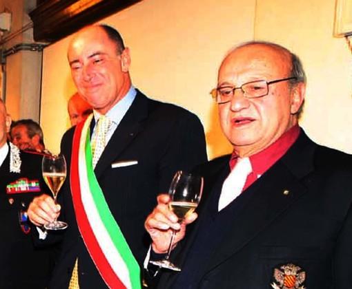 Lino Vena e il sindaco Marco Melgrati (foto di Silvio Fasano)