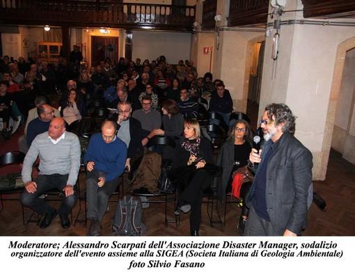 """Alassio, un successo il convegno """"La geologia nel bicchiere"""" (FOTO)"""