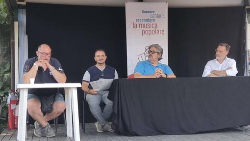 """Loano, in piazza Italia arriva """"Estate in musica"""": si parte il 5 agosto con il vincitore di """"The Voice Senior"""" Erminio Sinni (FOTO e VIDEO)"""