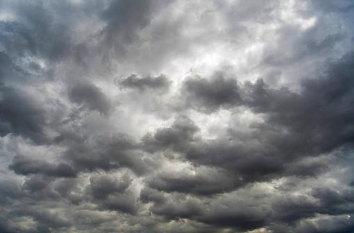 Meteo, giornata all'insegna delle nuvole: possibili precipitazioni
