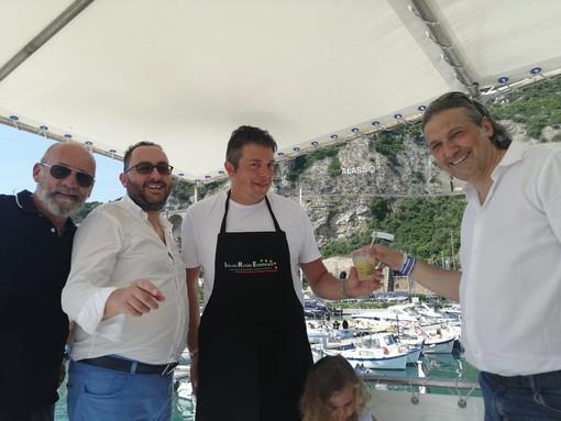 'Marina di Alassio Sea Experience': l'assessore Mai testimonial del progetto 'Prodotti a Km Zero in Barca'