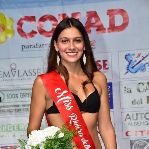 Loano, Arianna Caputo è Miss Riviera delle Palme. A Miriam Bison la fascia di Reginetta del CarnevaLoa