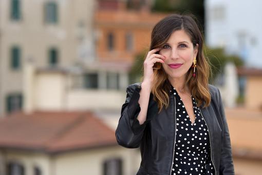 """Michela Andreozzi al Festival teatrale di Borgio Verezzi con """"A letto dopo Carosello"""""""