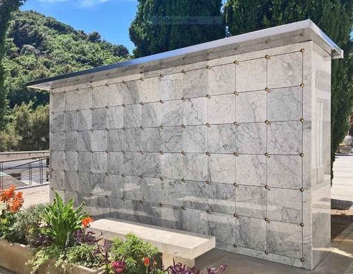 Cimitero urbano di Alassio: consegnati i nuovi ossari