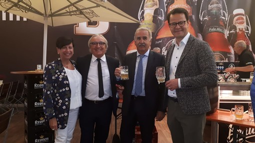 Pietra Ligure, il sindaco De Vincenzi e la presidente del consiglio comunale Michela Vignone in visita istituzionale a Offenburg