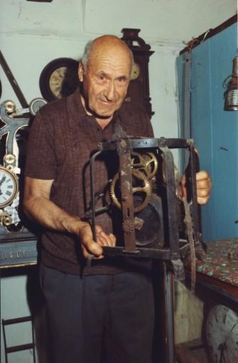 Tovo, ritrovato dopo 82 anni l'orologio Bergallo spedito in Patagonia