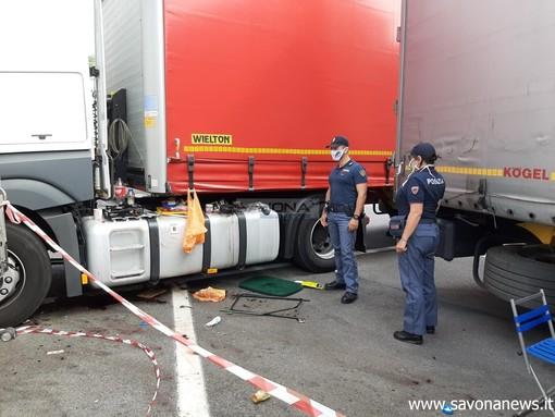 Savona, accoltellamento all'autoporto: ucciso un camionista straniero (FOTO e VIDEO)