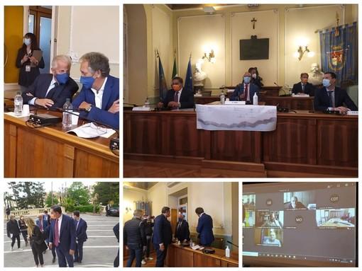 """Il tubo del Roja bis passerà sotto al sedime, Toti a Imperia a presentare il progetto: """"Soluzione ad un problema atavico"""" (Foto e Video)"""