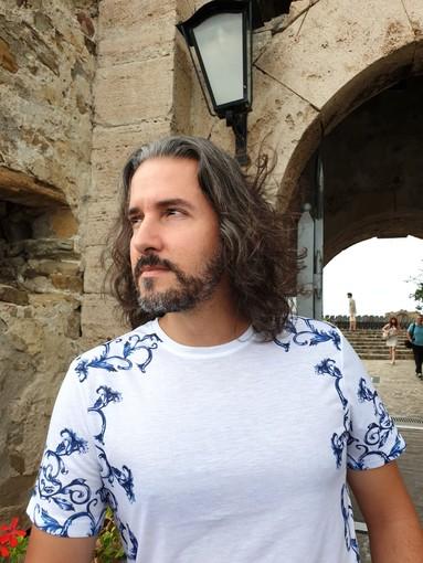 """Il savonese Paolo Zanelli si aggiudica nella sezione mare la IX edizione del Premio Nazionale di Poesia """"Keramos"""" di Agropoli"""