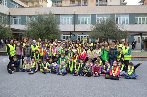 A Loano riparte il Pedibus: aperte le iscrizioni per alunni e volontari accompagnatori
