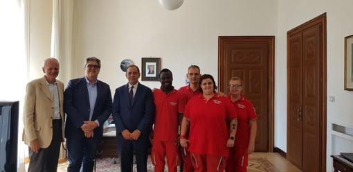 Il Prefetto di Savona incontra Umar Nuri, il giovane milite della CRI Loano vittima di insulti razzisti