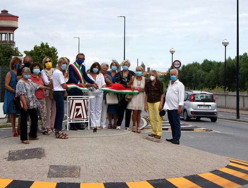 Albenga, inaugurata la rotonda dedicata allo Zonta Club (FOTO)