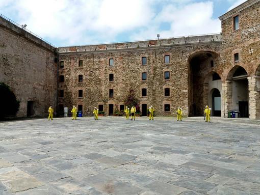 Savona, il Priamar pronto a riaprire l'8 giugno. Ma prima vengono sanificati tutti gli spazi (FOTO e VIDEO)