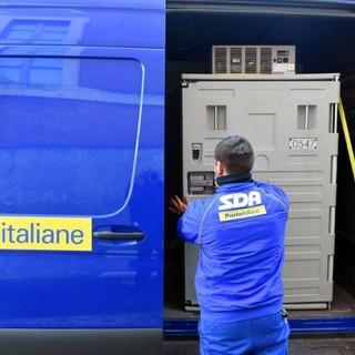 Poste Italiane consegna a Savona i vaccini Moderna