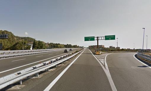 """Domenica scorsa 14 km di coda sulla A10 allo svincolo per Torino: """"Bisogna fare qualcosa!"""""""