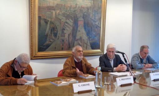 """Presentato a Savona il libro """"La linea ferroviaria San Pier d'Arena-Voltri-Savona"""" di Franco Rebagliati"""