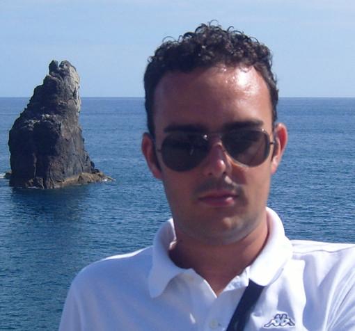 Simone Anselmo (candidato sindaco PCL) si all' esposto contro Tirreno Power