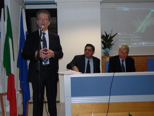 """Confcommercio compie 70 anni, a Savona il presidente nazionale Carlo Sangalli: """"L'economia deve ripartire dal commercio"""""""