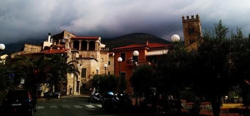 Toirano dice no al 5G. Il sindaco De Fezza firma un'ordinanza e stoppa la sperimentazione sul territorio comunale