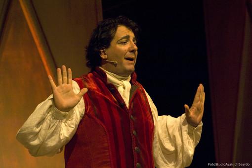 Borgio Verezzi, a Toni Fornariil premio come miglior attore non protagonista del Festival
