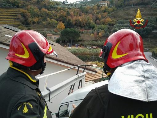 Atterraggio di fortuna per un ultraleggero in Val Ponci, tra Calvisio e Le Manie: incolume il pilota