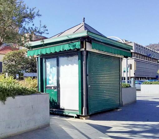 Nuova ubicazione per lo storico chiosco dei giornali di Varazze