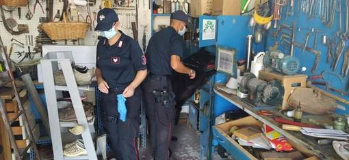 Villanova, un altro arsenale nel garage di Alberto Grosso: i carabinieri hanno rinvenuto armi, esplosivi e munizioni (FOTO)