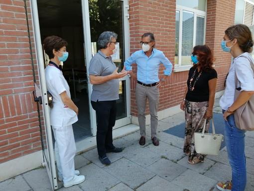 Albenga: Tomatis, Vespo e Isoleri in visita al Punto di Primo Intervento dell'ospedale