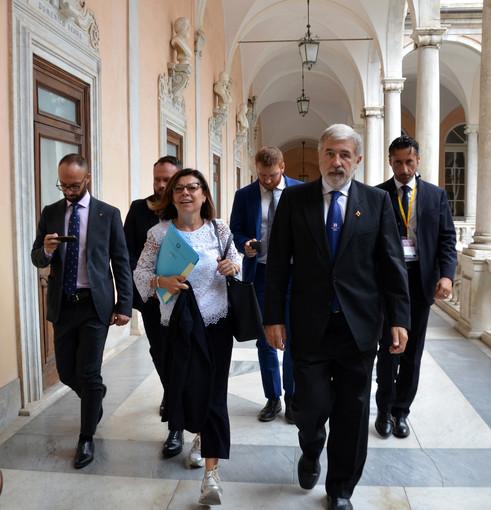 Caos autostrade, i sindaci liguri scrivono alla ministra De Micheli: previsto un incontro il 30 giugno