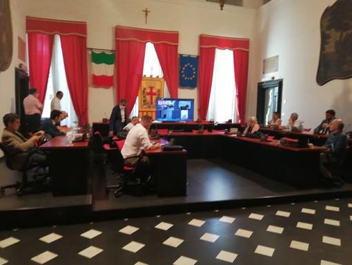 Albenga, il centro vaccinale rimarrà nella città delle torri e sarà spostato all'interno dell'ospedale Santa Maria di misericordia (FOTO e VIDEO)