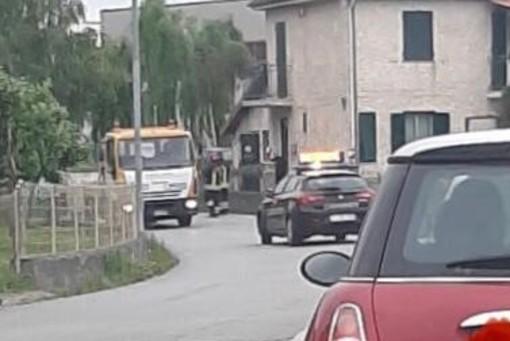 Incidente a Cairo Montenotte: auto finisce fuori strada, nessun ferito