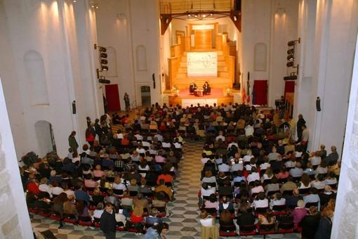 L'Auditorium di Santa Caterina per ricordare Don Franco Destefanis. La proposta a sorpresa che convince Finalborgo