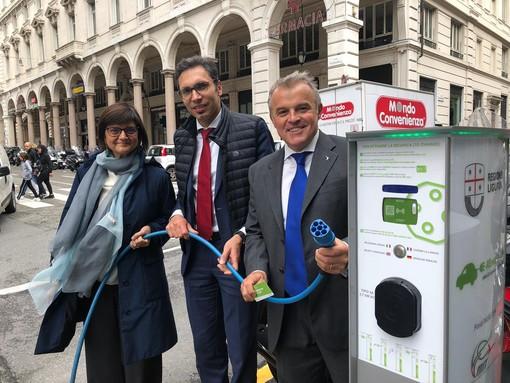 """Energia, """"Progetto Mobilità Sostenibile Genova e Savona"""": installate 22 nuove stazioni di ricarica per auto e moto elettriche"""