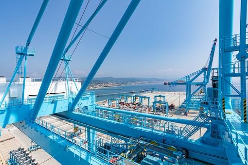 APM Terminals Vado Ligure, da metà ottobre 2020 nuovo collegamento con il porto del Pireo