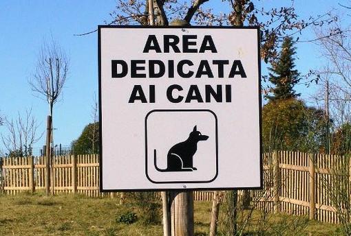 """""""Non farci odiare, raccoglila tu"""": campagna contro l'abbandono di deiezioni canine a Savona"""