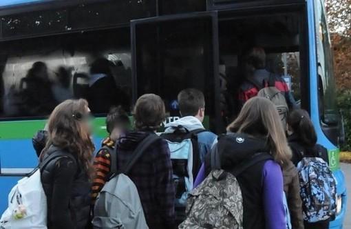"""Trasporti, sono i """"mobility manager"""" i protagonisti del piano per il ritorno in classe sui bus"""