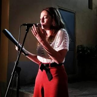 """Alessandra Munerol: """"il 21 agosto a Ceriale porto in scena 8 storie di straordinaria metamorfosi quotidiana"""""""