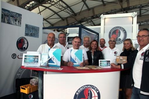 Nodi marinari ed ecologia allo stand di Assonautica al 59° Salone Nautico di Genova