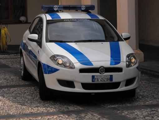 Savona, scontro tra due auto: conducenti illesi