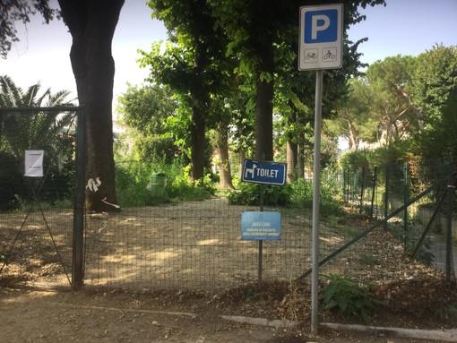 """Albisola, l'area canina di via dei Conradi al centro delle polemiche, l'ex consigliere Tessore: """"Uno scempio del genere va evitato"""""""