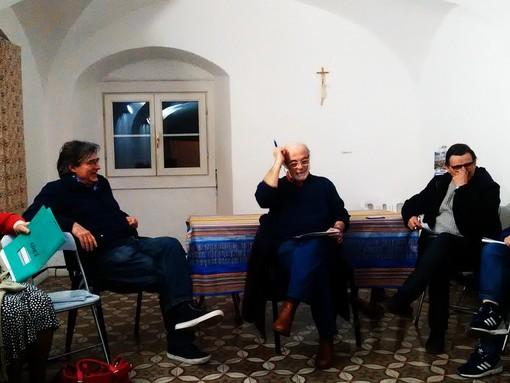 """Da Finale Ligure si alza un appello: """"Le multiutility tengano giù le mani dall'acqua pubblica"""""""