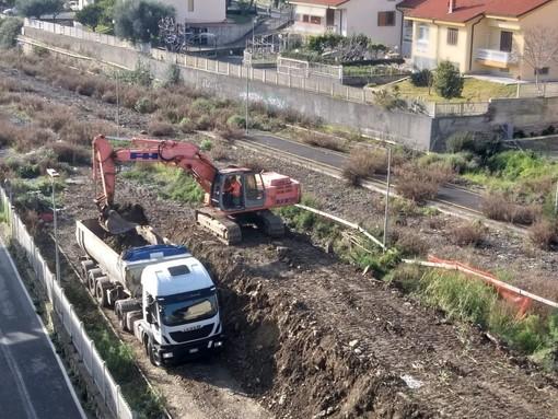 Andora: il Comune ottiene la rimozione dei detriti nelle aree ferroviarie protagoniste di un noto deragliamento