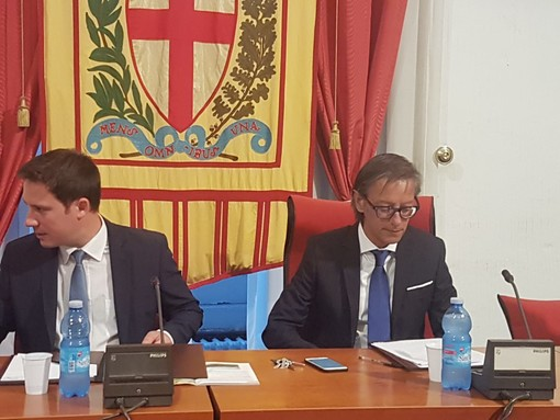 Albenga, arriva la replica della giunta Tomatis agli attacchi della minoranza