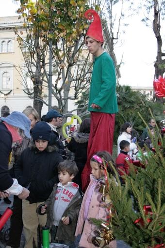 Alassio, grande concorso: con lo shopping natalizio in palio 10mila euro