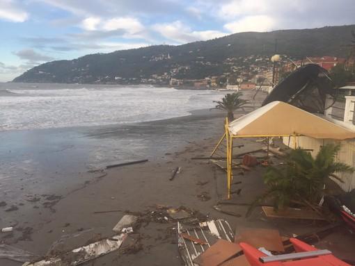 """Andora, grossi danni agli stabilimenti balneari. Demichelis: """"Chiediamo anche noi che sia proclamato lo stato di calamità naturale"""""""
