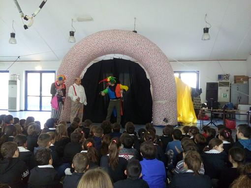 Animatori turistici nella scuola primaria di Villanova di Albenga