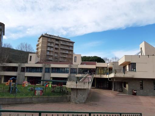 Savona, nuovo blitz dei ladri delle macchinette: furto all'asilo L'Aquilone