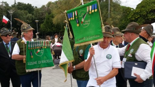 Savona, con la cerimonia dell'alzabandiera prende il via il 22° Raduno degli Alpini