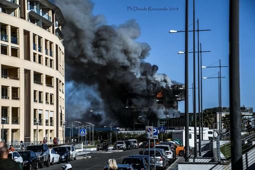 """Incendio all'Autorità Portuale, il presidente Canavese: """"L'attività del porto continua, dovremo ricostruire una parte della documentazione cartacea"""""""