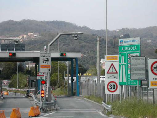 A10 Genova-Savona: chiusa l'entrata della stazione di Albisola